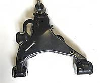 Рычаг передней подвески нижний, левый 48069-60030. TOYOTA