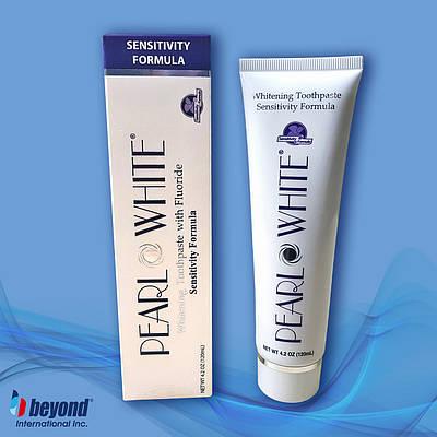 Відбілююча зубна паста з фтором для чутливих зубів Beyond Pearl White Sensitivity 120мл