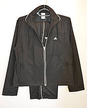 Женский черный спортивный костюм Adidas.