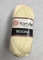 Пряжа Begonia 50гр - 169м (326 Молочный) YarnArt
