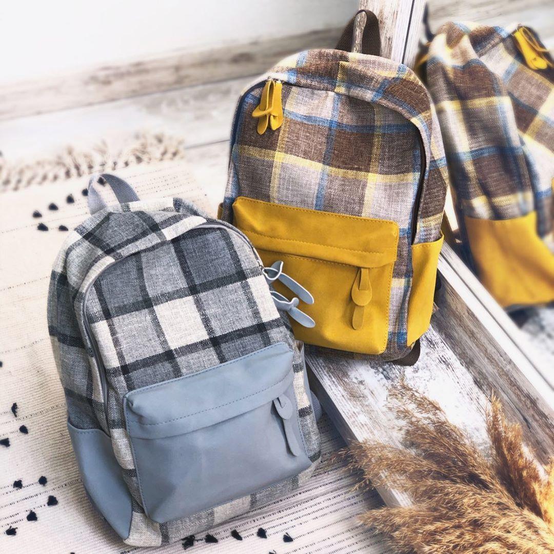 Рюкзак в клітку