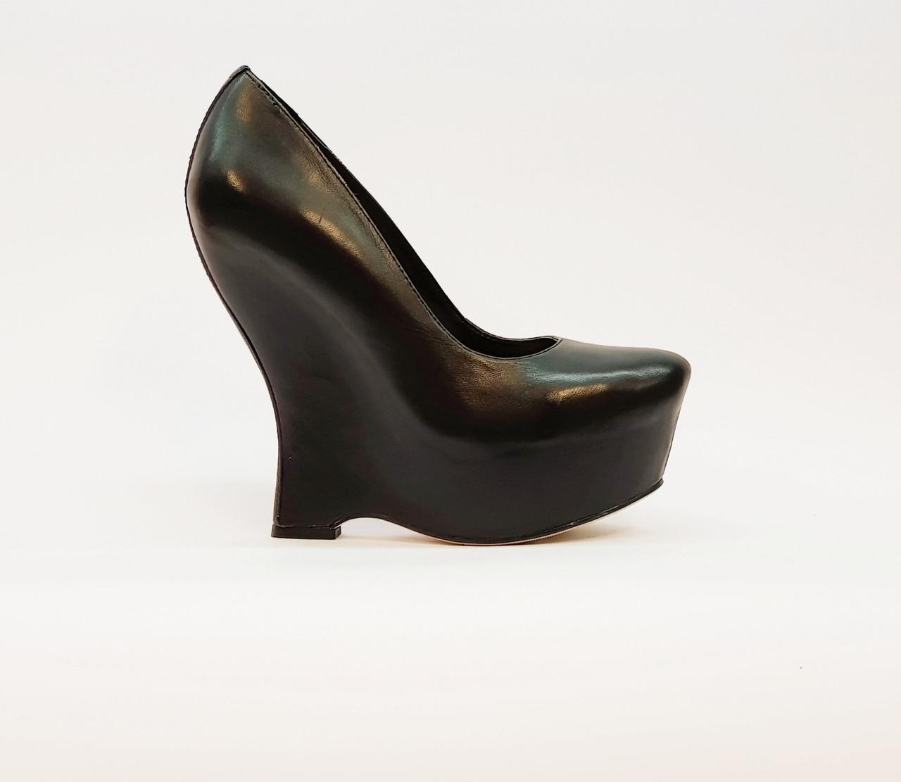 Туфли женские весна-осень на высокой платформе натуральная кожа черные