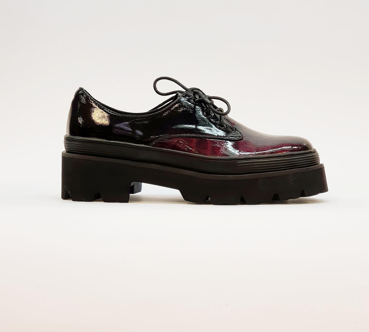 Туфли женские весна-осень красные на платформе натуральная лаковая кожа