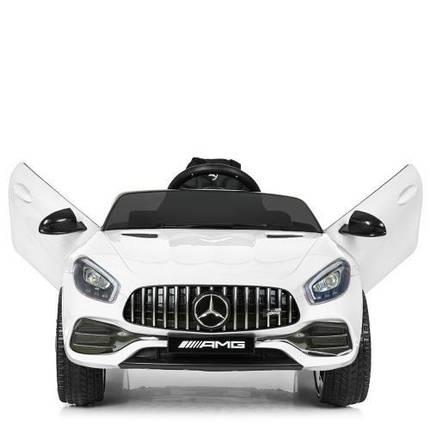 Электромобиль детский Bambi Mercedes M 4062EBLR-1 оснащён ручным и дистанционным управлением, фото 2