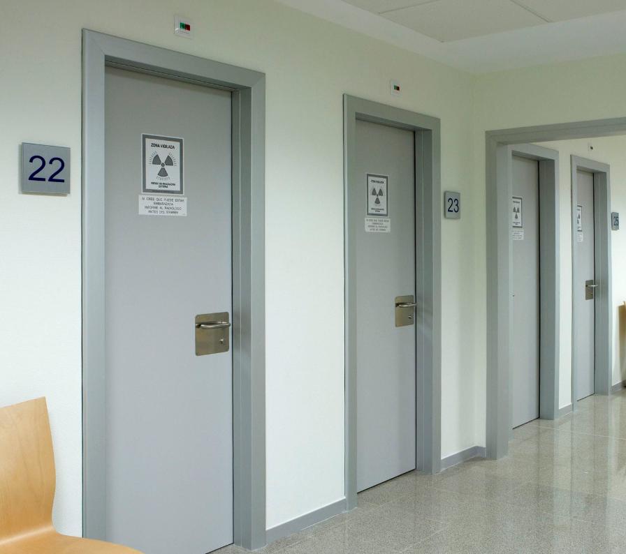 Рентген захисні двері HPL розпашні з фенольнимкраєм, 3мм свинець art. 1GPHXRAY3PL (900-1300/2200)
