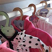 Класс!Детские плечики 36,5см*18,5см деревянные с мордашками зверей для детской одежды