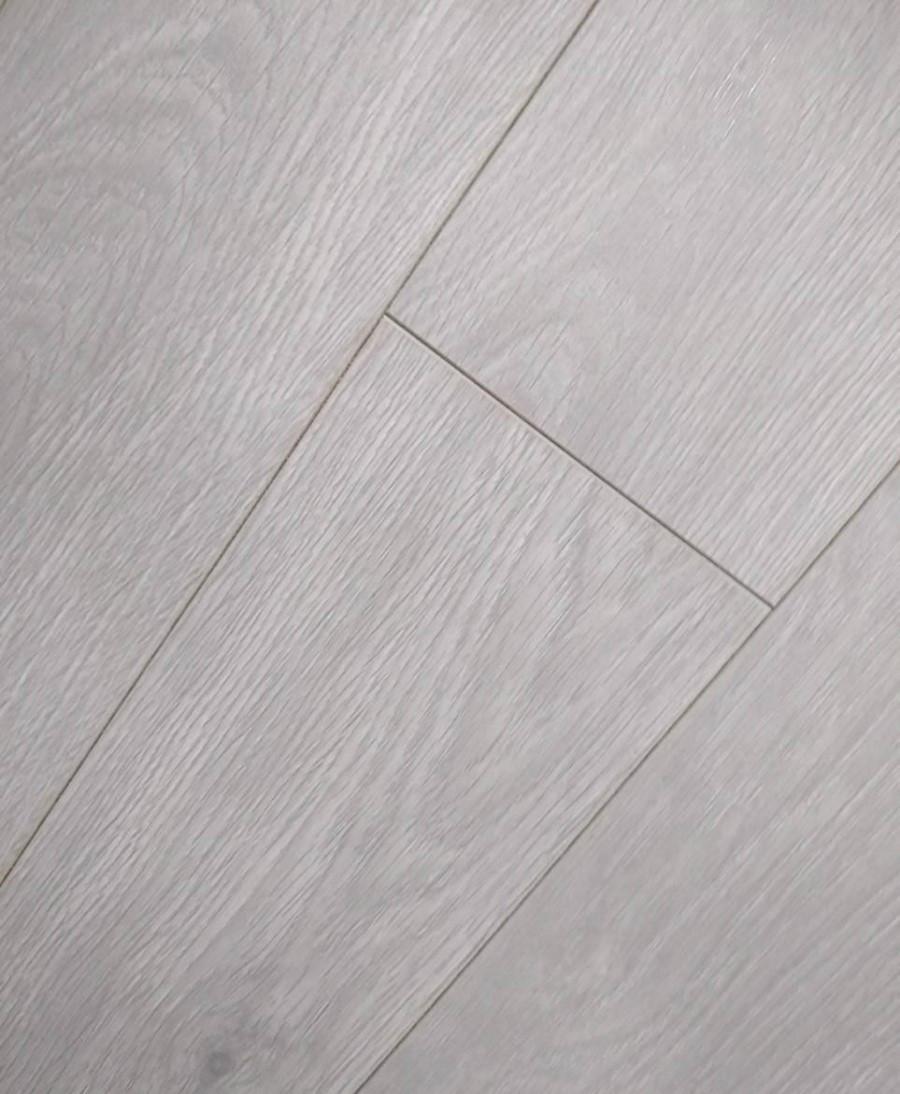 Ламинат GreenStep Дуб Масала серый