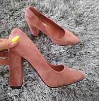 Туфлі жіночі на каблуку пудрові екозамша 40р, фото 1