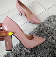 Туфлі жіночі на каблуку пудрові лаковані 36, фото 1