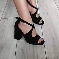 Босоніжки жіночі чорні на каблуку екозамша, фото 1