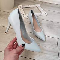 Туфлі голубі жіночі на каблуку екошкіра 37