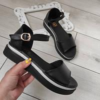 Босоніжки шкіряні низькі жіночі чорні 38