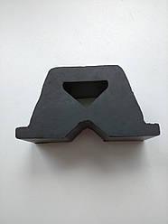 Отбойник задней рессоры (на кузове) – AUTOTECHTEILE – на MB SPRINTER, VW LT 1996-2006 – ATT3244