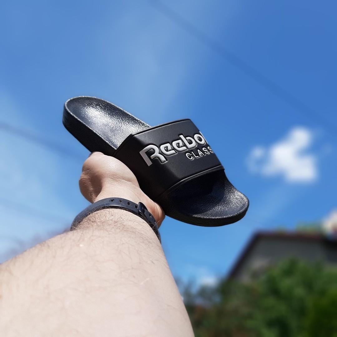 Женские летние шлепанцы Reebok (черно-белые) 50002