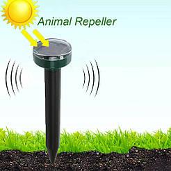 Ультразвуковой отпугиватель кротов, насекомых, грызунов Garden Pro D-1102, на солнечной батарее, влагостойкий