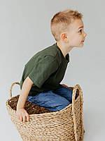 Стильная базовая футболка для мальчика полуприлегающего силуэта, рукав удлиненный