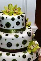 Изысканное свадебное оформление цветами, тканями и декорациями, оформление зала и территории, украше