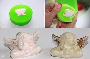 Снежно-белый Аксон 23 (красивый цвет, имитация керамики, самое длительное время полимеризации около 15 минут), легко поддается окраске, не искажая цвет.