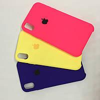 Чехол на iPhone XR силиконовый плотный