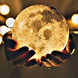 Настільний світильник нічник Місяць Magic 3d Різні кольори,світильник місяць на сенсорному управлінні