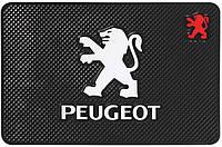 Противоскользящий коврик в машину Peugeot (20х13 см)