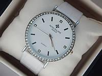 Женские (Мужские) кварцевые наручные часы Patek Philippe на кожаном ремешке со стразами, фото 1
