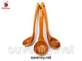 Ополоник черпак дерев'яний кухонний