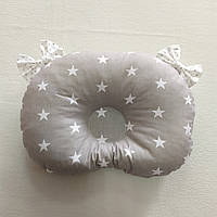 Ортопедическая подушка для младенца masterwork холофайбер 24*32 см. серые звёзды с бантиками