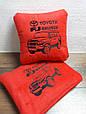 Автомобільний набір: подушка і плед з вишивкою контурів автомобіля!, фото 4