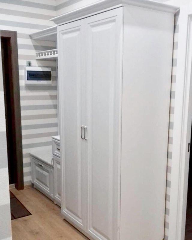 Шкаф в прихожею под под заказ
