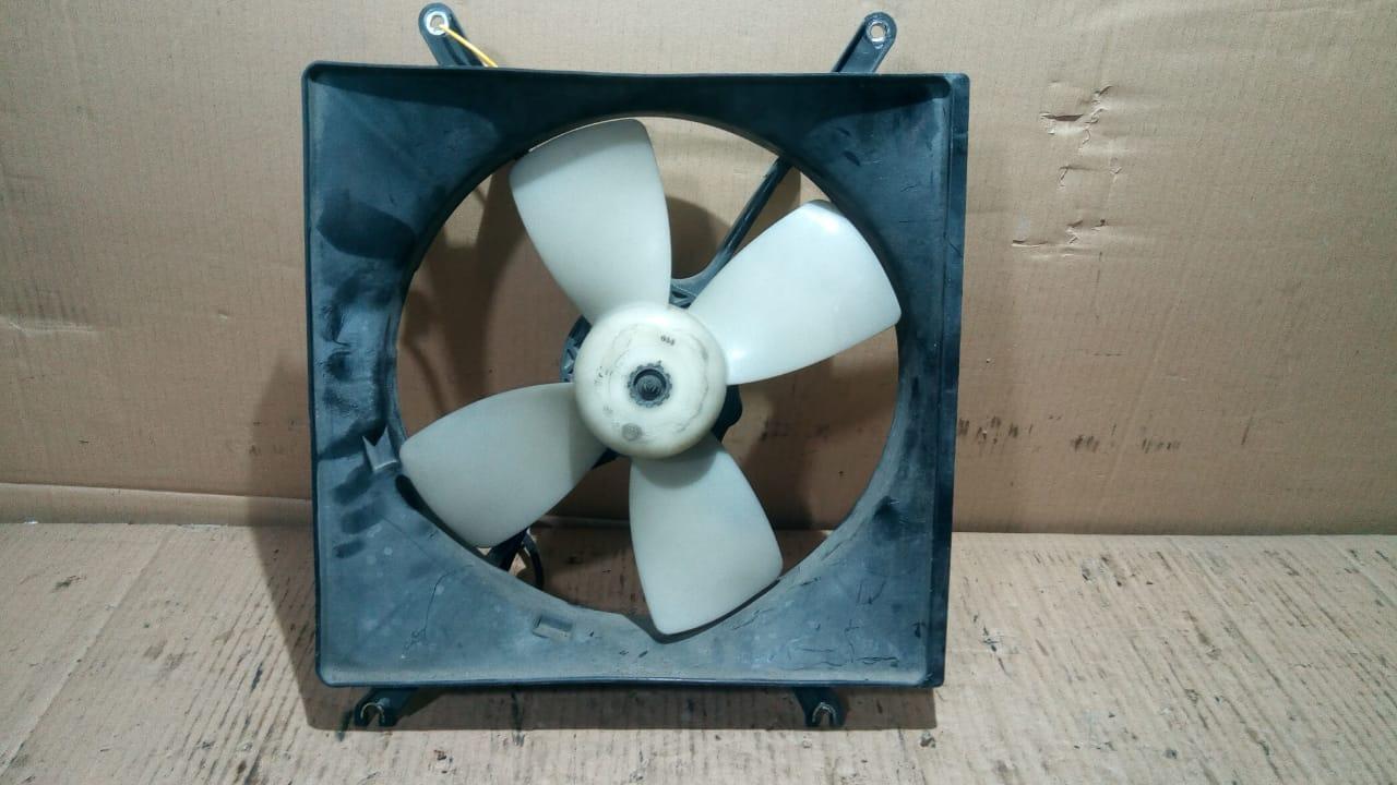 Диффузор радиатора с вентилятором (основной) MB845072, STMB142010 (61021891) Galant 88-92r Mitsubishi
