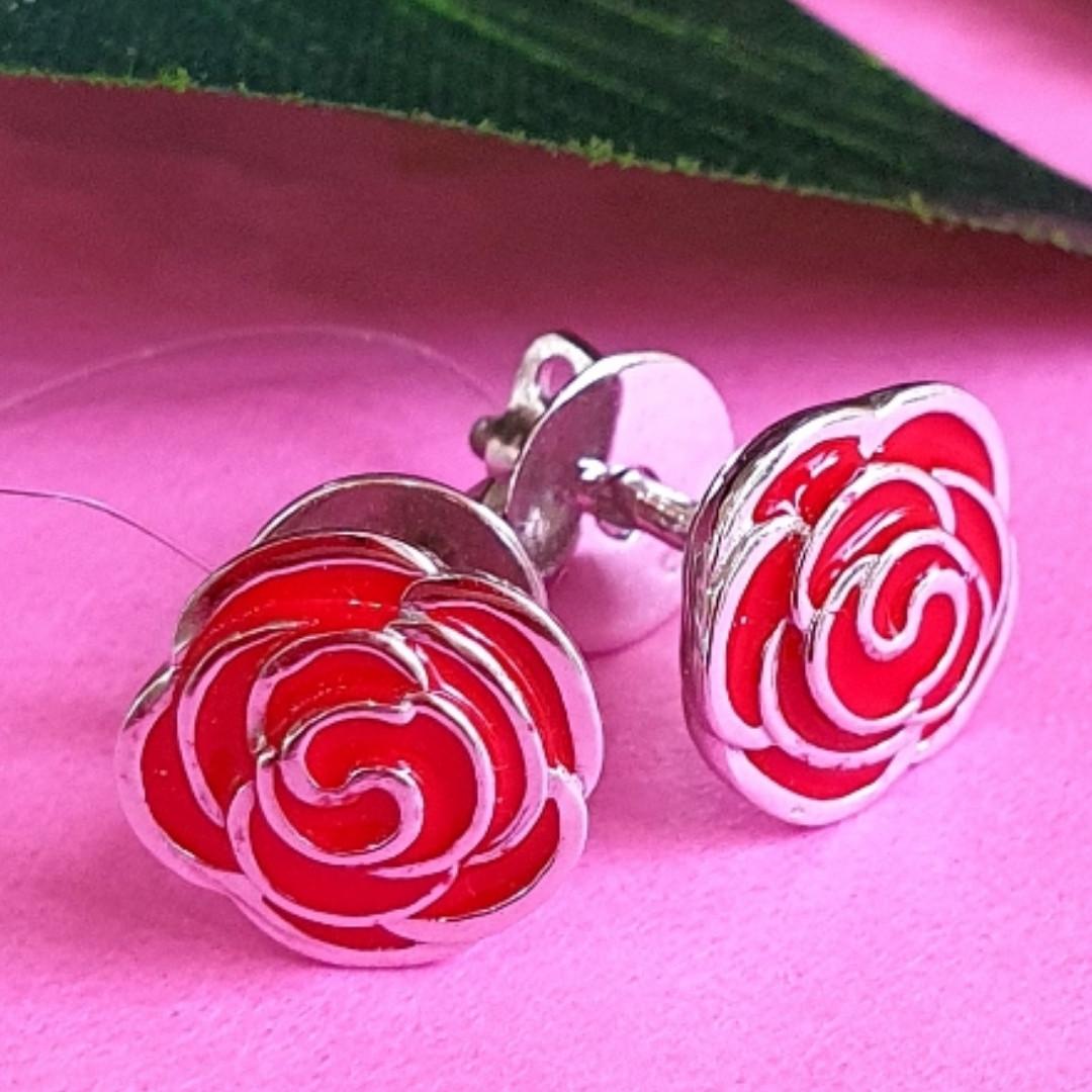 Серьги Розы серебро с эмалью - Серебряные серьги