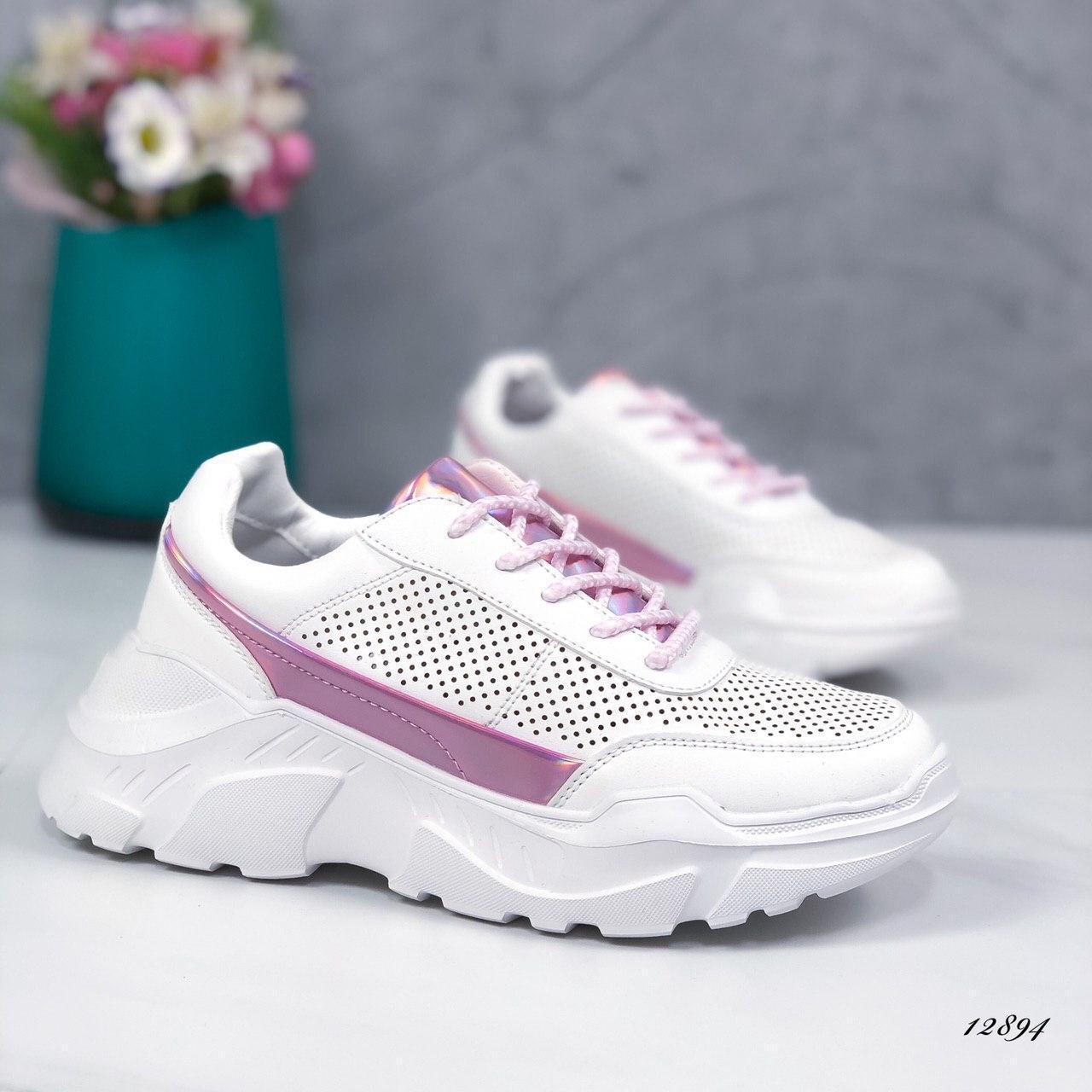Женские кроссовки из эко-кожи белые