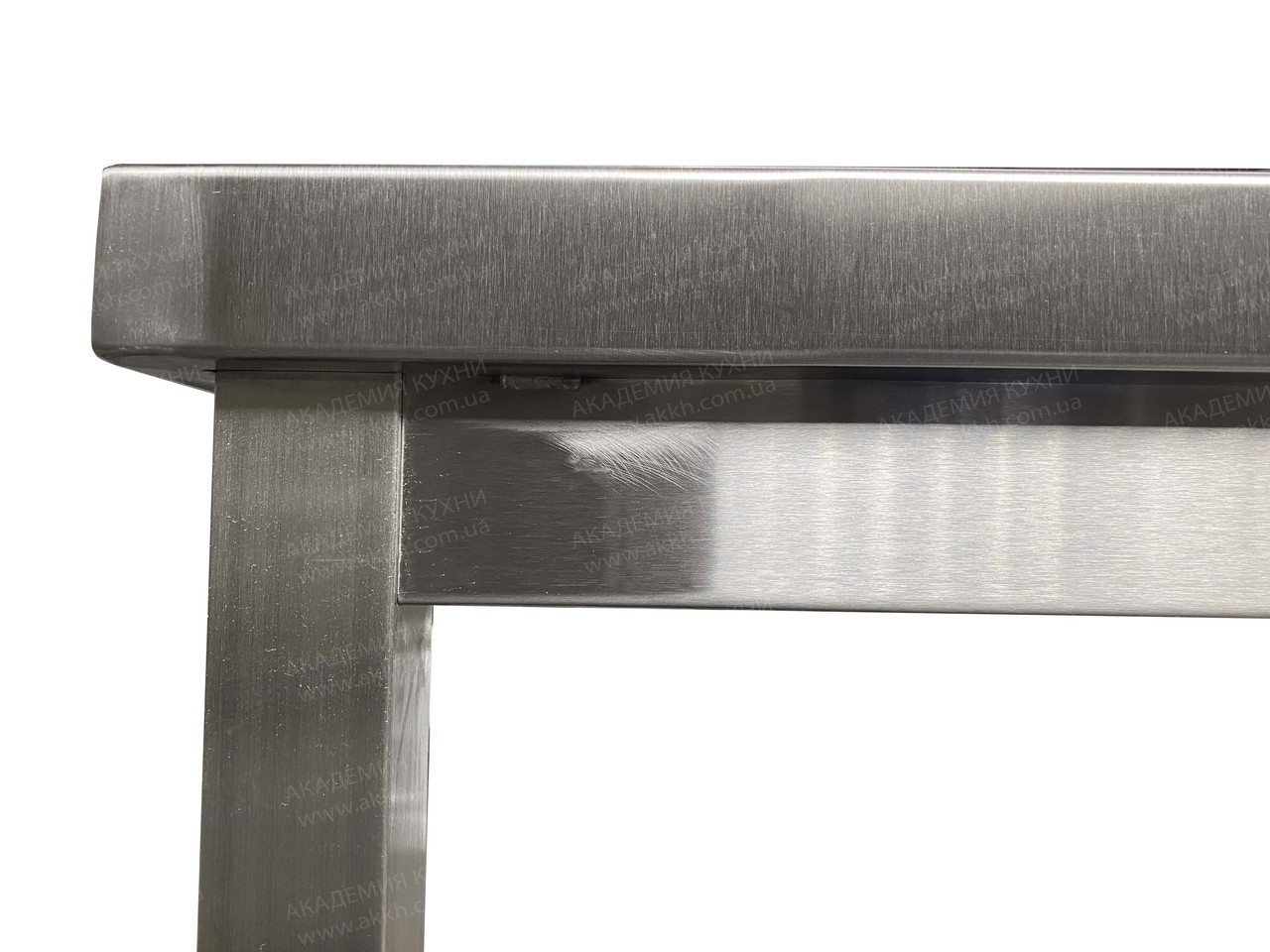 Стол разбор с нерж столеш AISI430 и полкой - фото 3