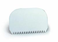 Пластиковий Скребок зубчастий 145*95 мм Martellato