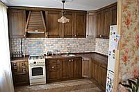 Кухня в стиле кантри из массива