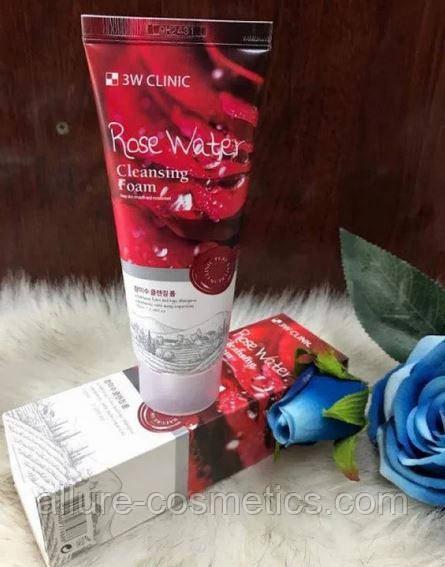Пенка для умывания с розовой водой 3W CLINIC Cleansing Foam Rose Water