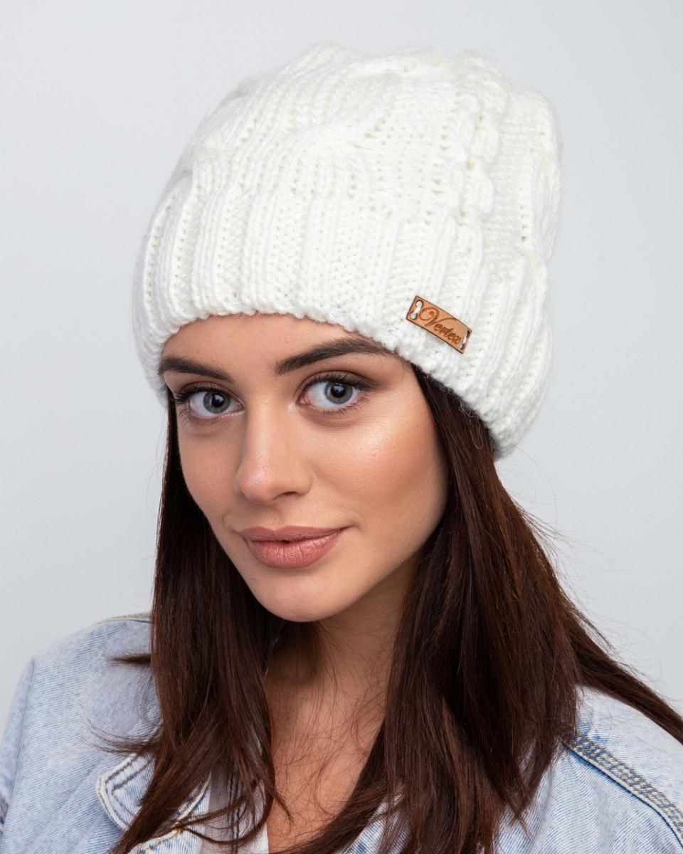 Вязанная зимняя женская шапка с подкладкой из флиса - Артикул 2473 оптом