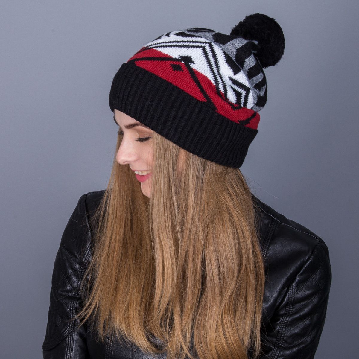 Женская вязанная зимняя шапка с помпоном из ангорки - Артикул 7106