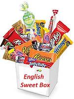 Бокс з солодощами English sweet box середній