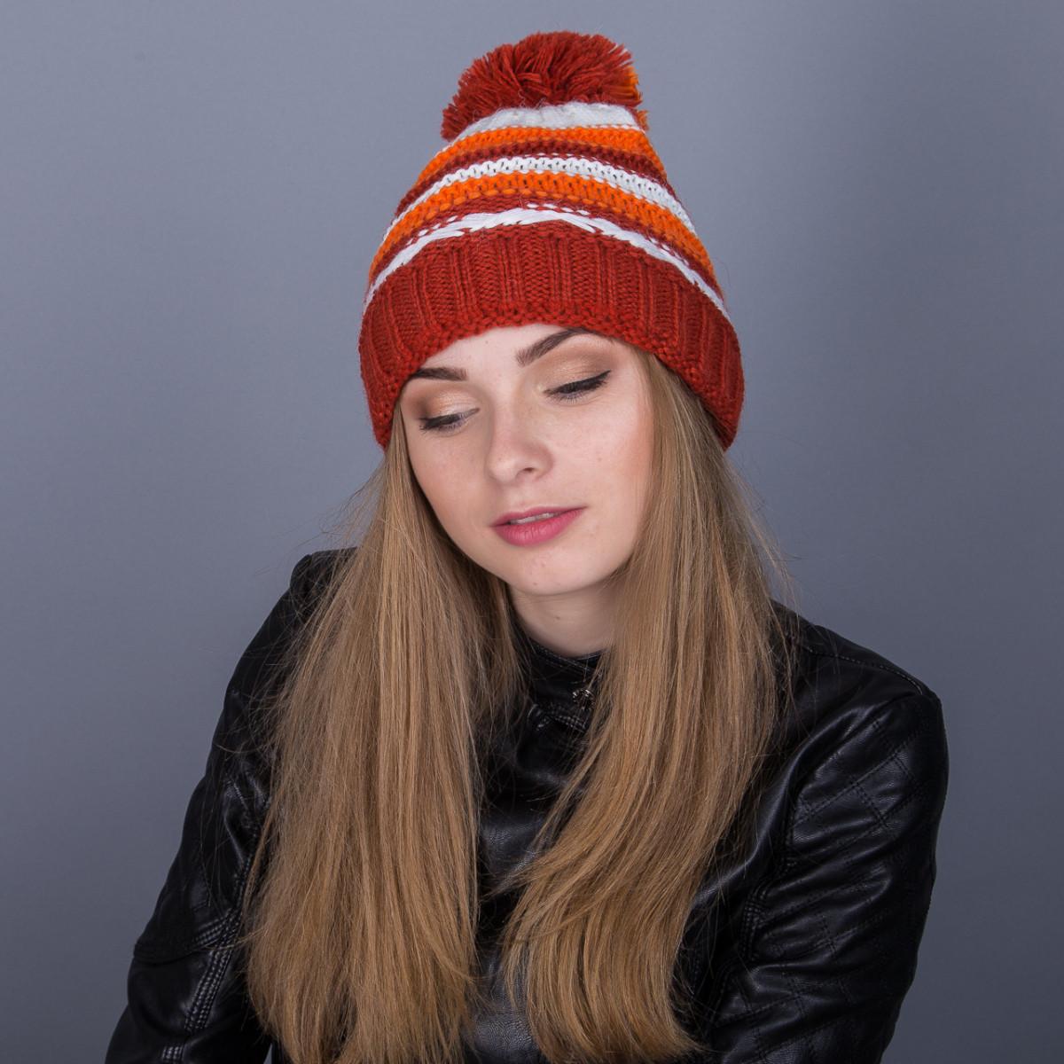 Молодежная зимняя женская шапка с помпоном из ангорки - Артикул 7052