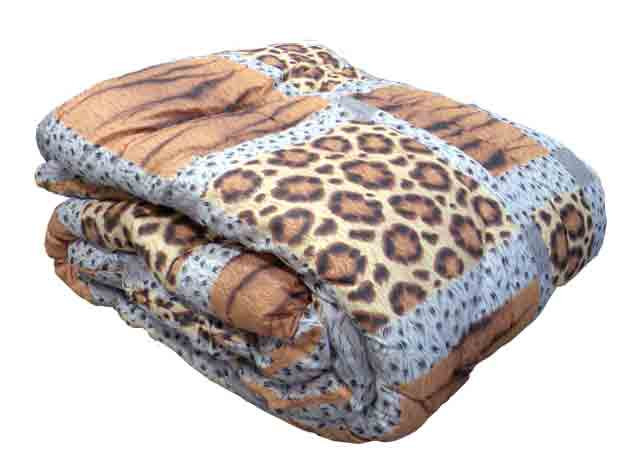 Одеяло закрытое овечья шерсть (Поликоттон) Двуспальное Евро T-51096