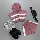 Женский летний спортивный костюм с шортами из плащевки со светоотражающими вставками 6605928Е, фото 3
