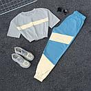 Женский летний спортивный костюм с укороченной футболкой на резинке и штанами со светоотражающими вставками 66spt925Q, фото 3