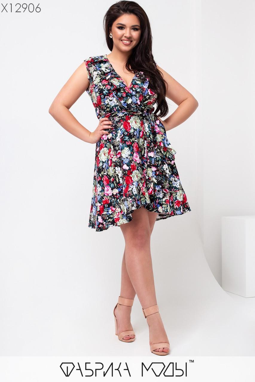Коттоновое платье на запах в цветочный принт в больших размерах с рюшами 1uk664