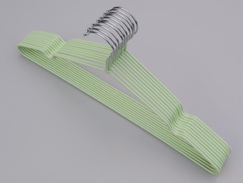 Плічка металевий в силіконовому покритті ніжно-салатового кольору, довжина 40,5 см, в упаковці 10 штук