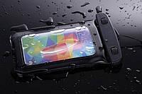 Универсальный водонепроницаемый чехол для телефонов черный до 5.5дюйма