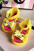 Босоножки силиконовые светящиеся девочка желтые 602, фото 1