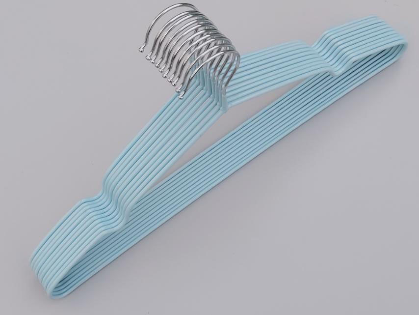Плечики металлические в силиконовом покрытии нежно-голубого цвета, 40,5 см, 10 штук в упаковке