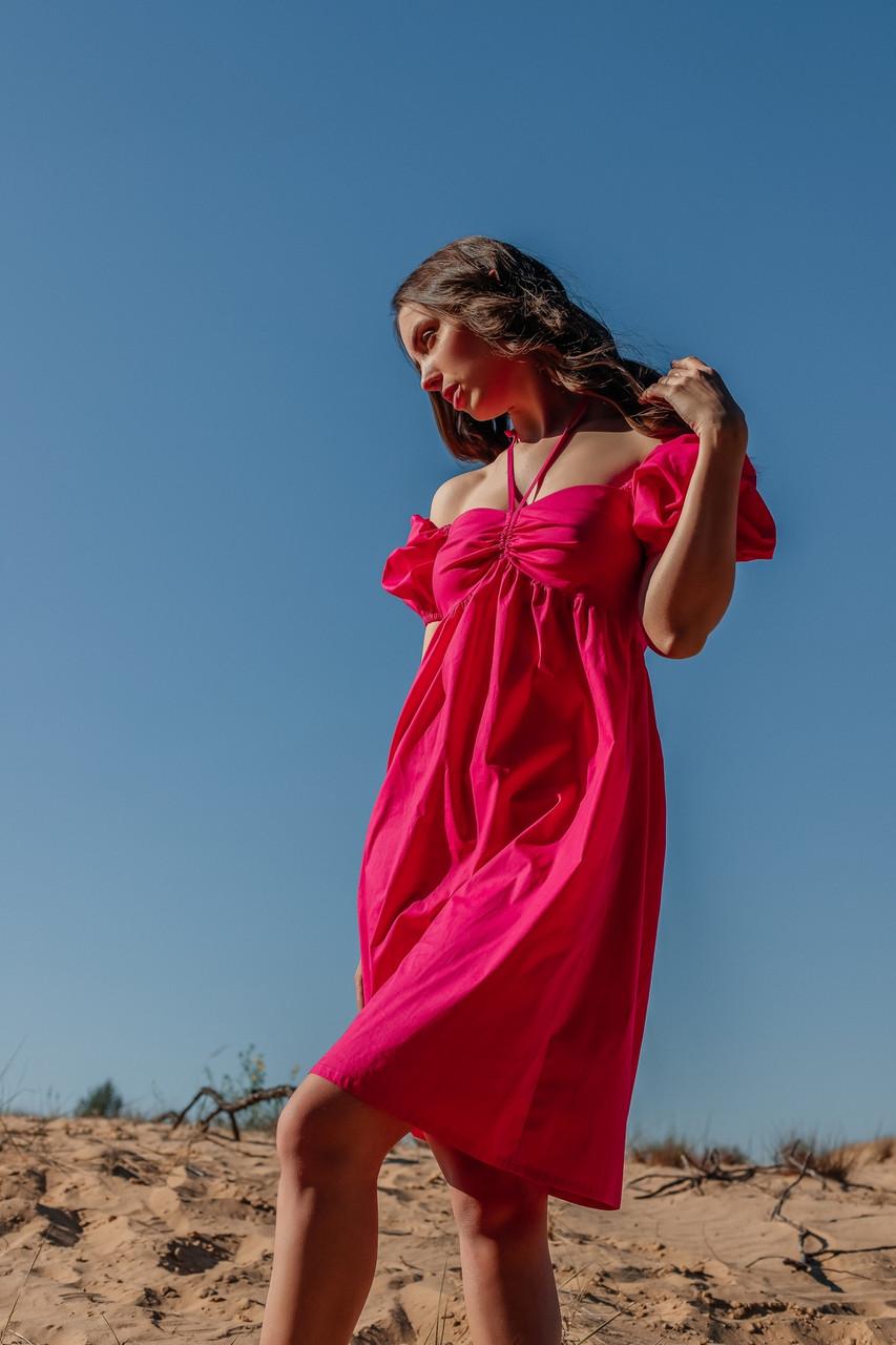Летнее женское платье длиной мини